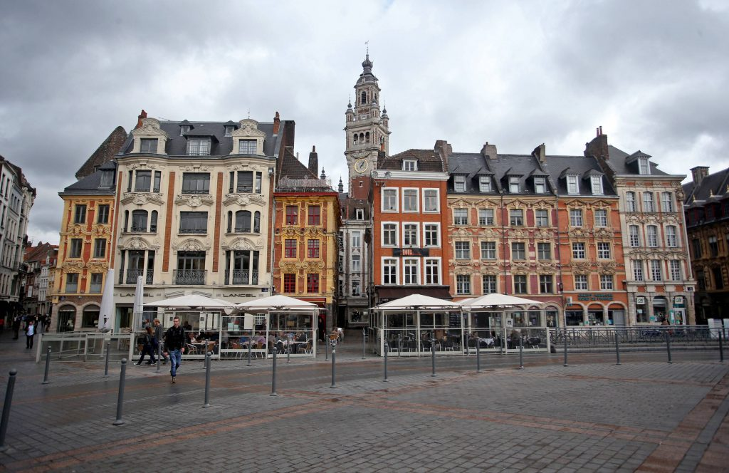 The city of Lille 14.09.2015., France, Lille - The city of Lille is hosting the finals of Eurobasket 2015. T the stadium Pierre Mauroy on Euro 2016 there will be six football matches. Lille is a city in northern France, in the heart of the vast plains not far from the Belgian border, in the middle of wide zones of urban settlements. Trading center with many famous textile factories, Lille is a home a famous university. Lille has 226,000 inhabitants. Its agglomeration has about 1.1 million inhabitants. His name is the Old French origin of the river L Isle, as well as the Flemish Ryssel, Lille in modern Dutch, which means island, probably because it was created on a river island. PUBLICATIONxINxGERxSUIxAUTxHUNxONLY IgorxKralj/PIXSELLThe City of Lille 14 09 2015 France Lille The City of Lille IS Hosting The Finals of Eurobasket 2015 T The Stage Pierre Mauroy ON Euro 2016 There will Be Six Football Matches Lille IS a City in Northern France in The Heart of The Vast Plains Not Far from The Belgian Border in The Middle of Wide Zones of Urban Settlements Trading Center With MANY Famous TEXTILE Factories Lille IS a Home a Famous University Lille has 226 000 inhabitants its Agglomeration has About 1 1 Million inhabitants His Name IS The Old French ORIGIN of The River l Isle As Well As The Flemish  Lille in Modern Dutch Which Means Iceland probably because IT what Created ON a River Iceland PUBLICATIONxINxGERxSUIxAUTxHUNxONLY IgorxKralj PIXSELL