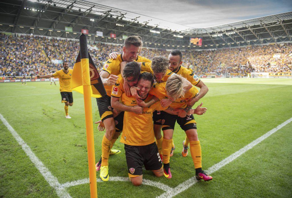 Jubeln die Dynamo- Kicker auch gegen RB Leipzig?