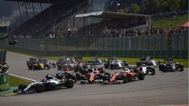 Turbulenter Start beim F1-GP in SPA (Belgien) 2016 mit Nico Rosberg, Max Verstappen, Kimi Raikkonen und Sebastian Vettel