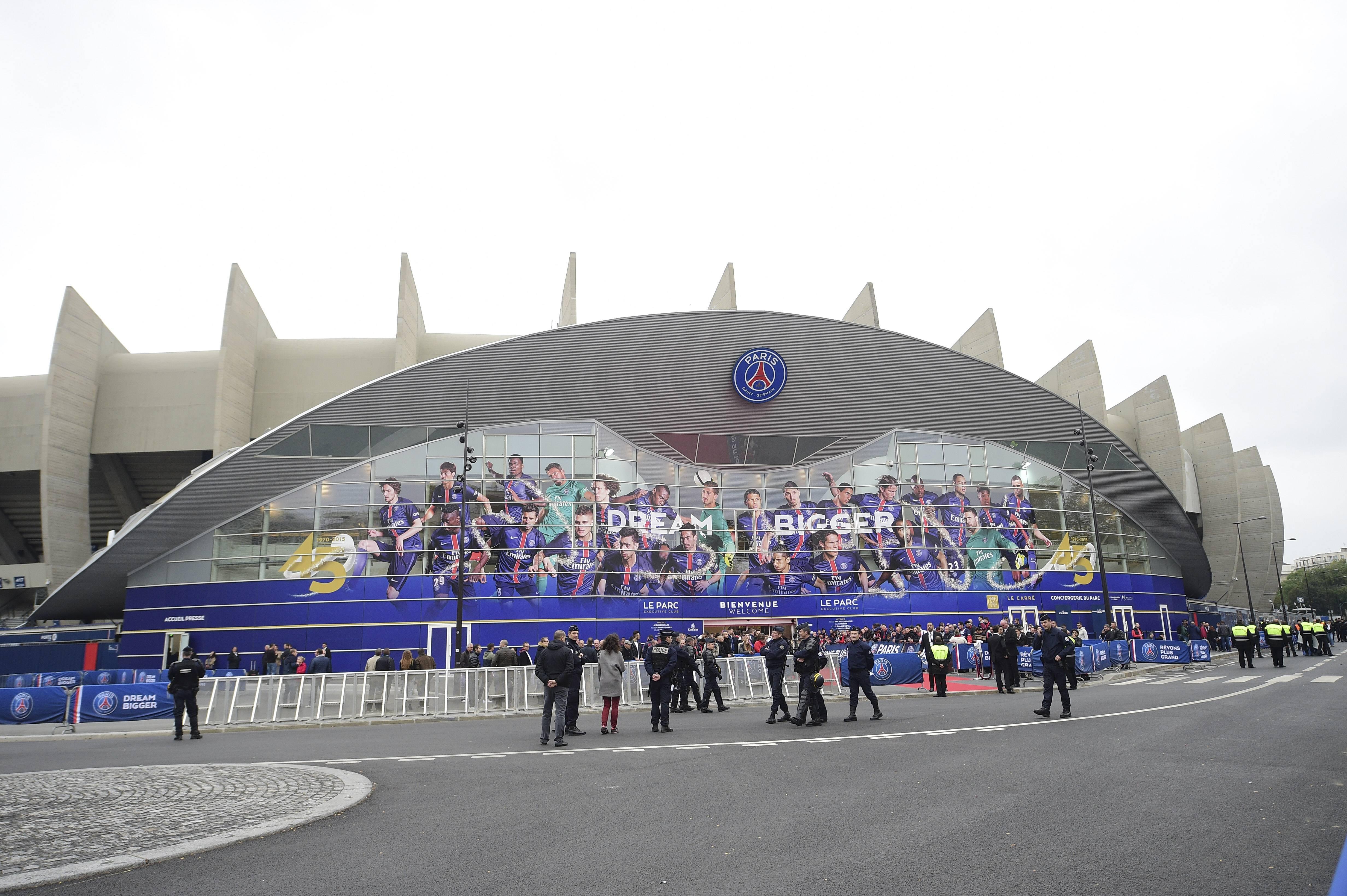 Parc des Princes FOOTBALL : Paris Saint Germain - Ligue 1 - Paris - 04/10/2015 JBAutissier/Panoramic PUBLICATIONxNOTxINxFRAxITAxBELParc the Princes Football Paris Saint Germain Ligue 1 Paris 04 10 2015 JBAutissier Panoramic PUBLICATIONxNOTxINxFRAxITAxBEL