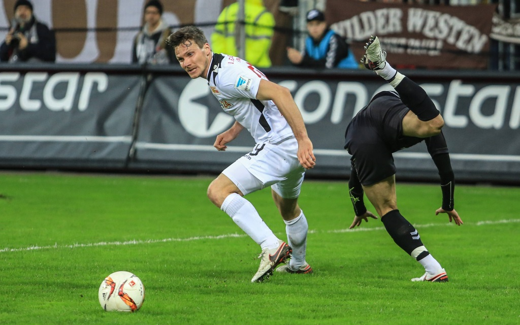 2. Bundesliga der Saison 2015/16 am Millerntor, FC St. Pauli gegen Union Berlin, Michael Parensen und Ryo Miyaichi