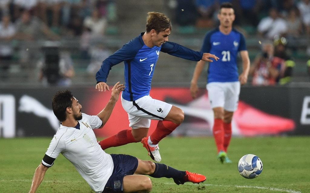 Antoine Griezmann im Freundschaftsspiel zwischen Italien und Frankreich in Bari