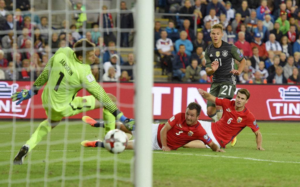 Joshua Kimmich allein gegen Norwegen