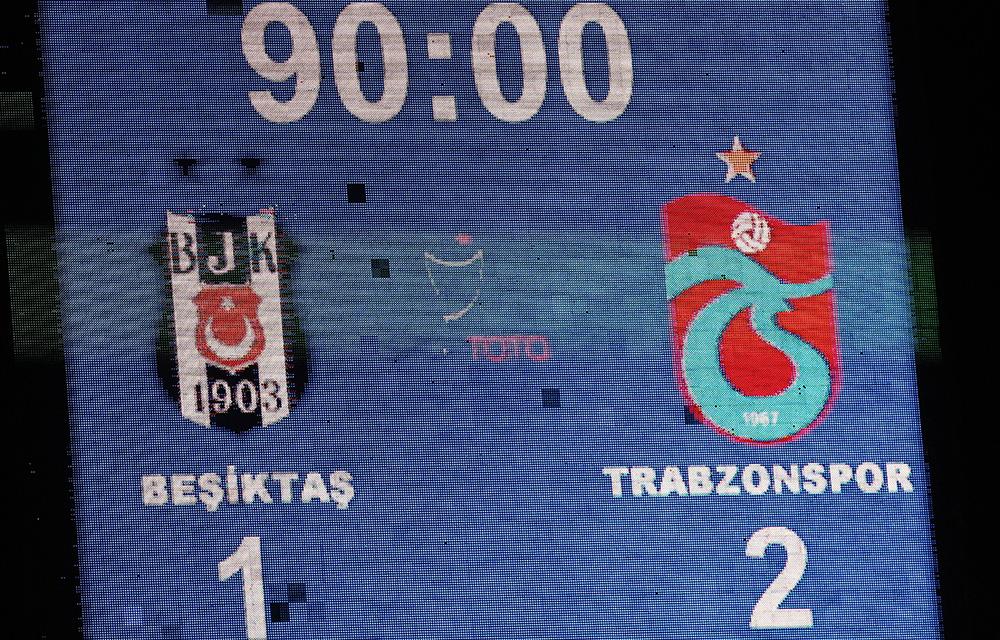 Süper Lig Besiktas gegen Trabzonspor im Atatuk Olympic Stadium in Istanbul am 22. August 2015. Endergebnis: 1-2
