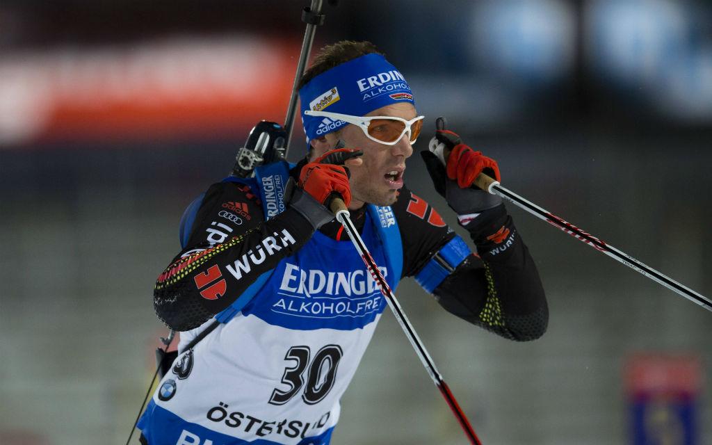 Simon Schempp beim Biathlon Einzel in Östersund 2015