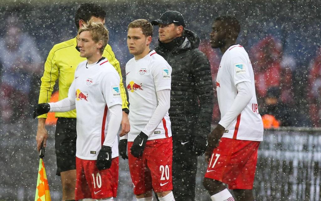 Trainer Ralph Hasenhüttl beim Testspiel RB Leipzig gegen Glasgow Rangers mit Emil Forsberg, Benno Schmitz und Dayot Upamecano