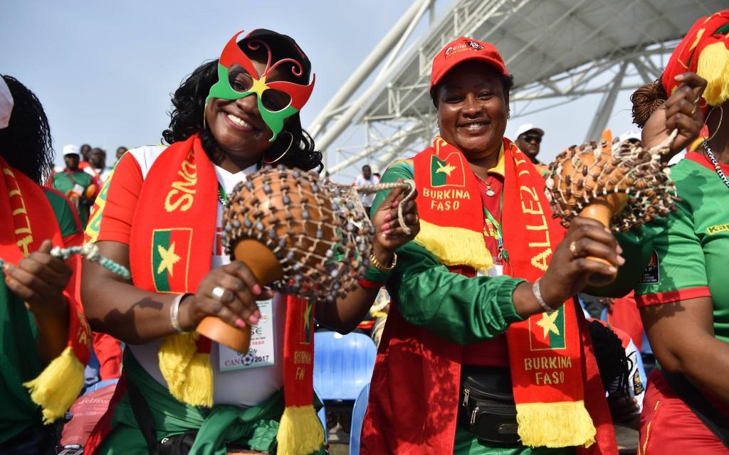 Fans von Burkina Faso beim Afrika Cup Spiel gegen Tunesien 2017