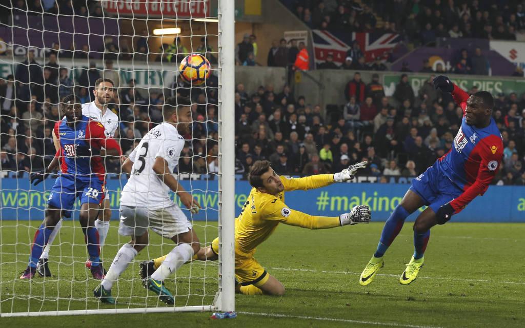 Bentekes 4:3-Treffer reichte nicht für Palace, LLorente konterte zweimal zum 5:4 für Swansea.