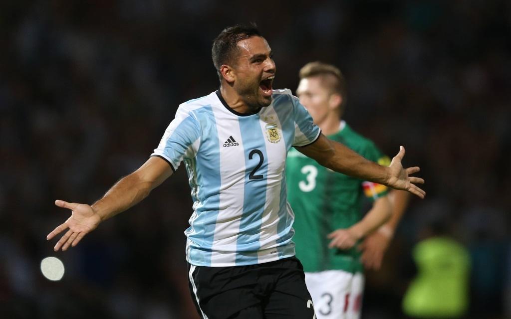 Gabriel Mercado feiert sein Tor in der WM-Qualifikation 2016 gegen Bolivien.