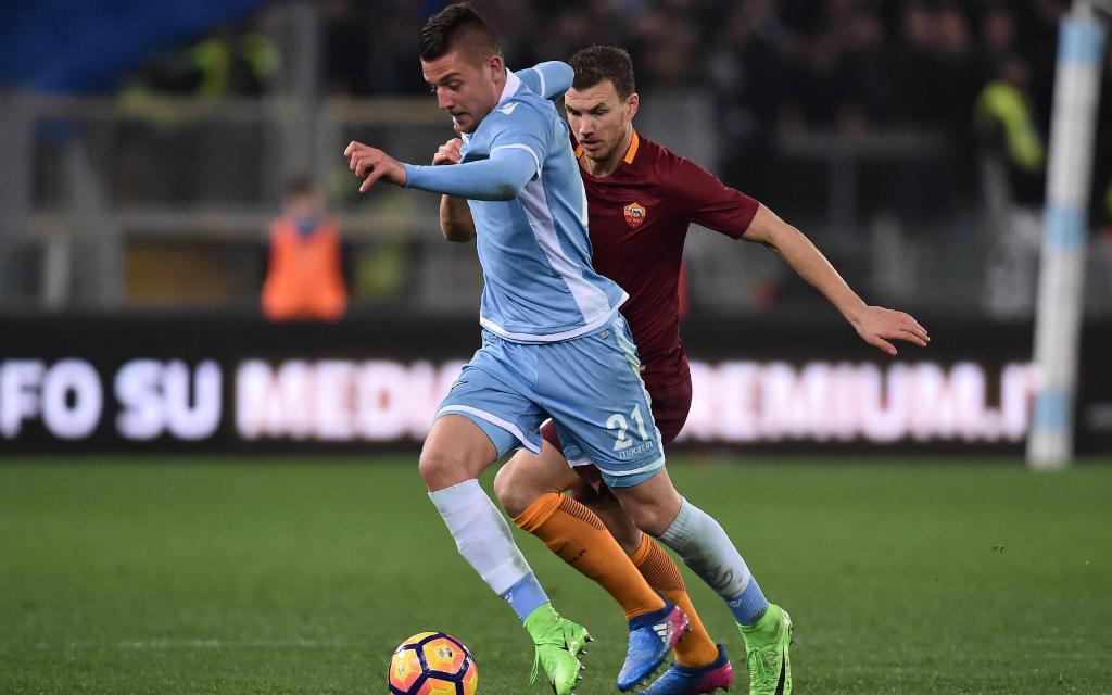 imago/Insidefoto: Im Hinspiel hatten Milinkovic-Savic (l.) und Lazio meist die Nase vor Edin Dzeko (r.) und AS Rom. Und wie sieht es am Dienstag aus?