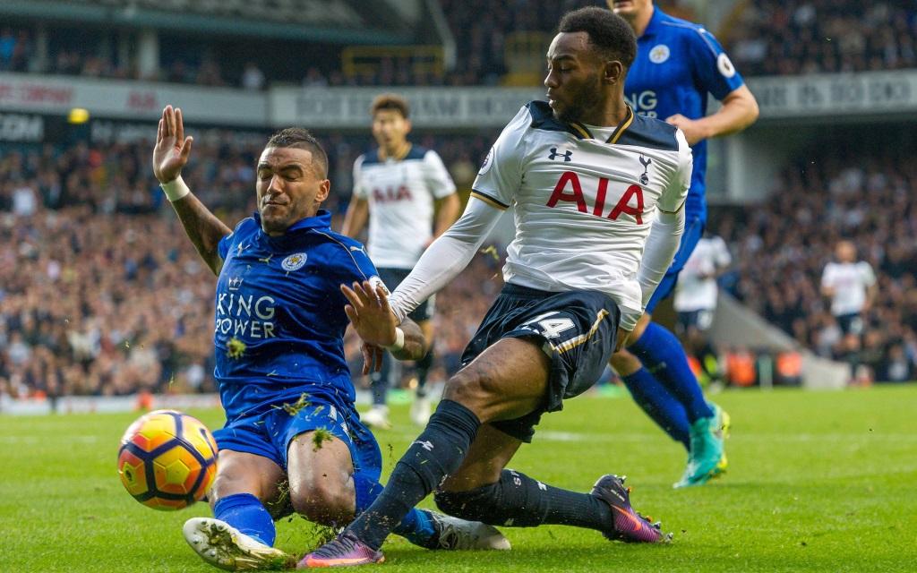 Georges-Kevin Nkoudou im Zweikampf mit Georges-Kevin Nkoudou im Ligaspiel Tottenham Hotspur - Leicester City in der Saison 2016/17.