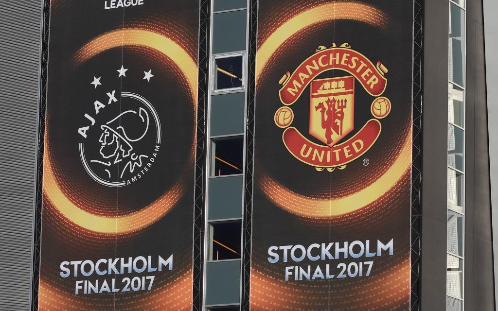 Vereinswappen der Finalisten zum Europa-League-Finale der Saison 2016/17 in Stockholm.