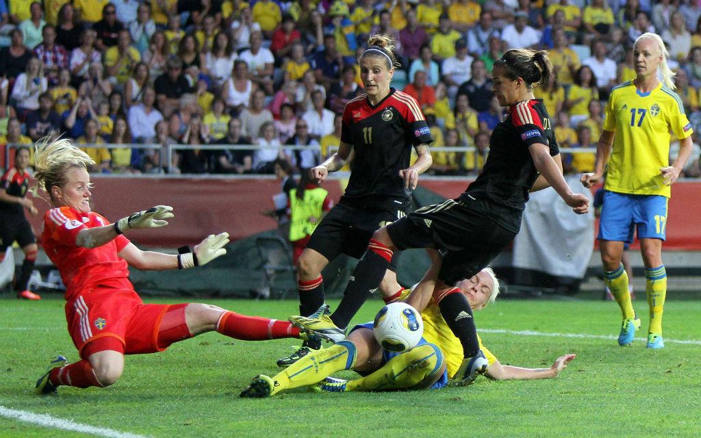 Bitter für Gastgeber Schweden: Im Halbfinale 2013 gewann Titelverteidiger Deutschland mit 1:0.