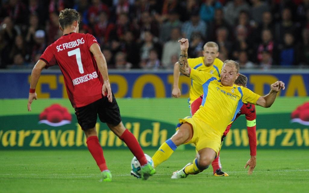 Florian Niederlechner vom SC Freiburg in der Europa-League-Quali gegen NK Domzale.
