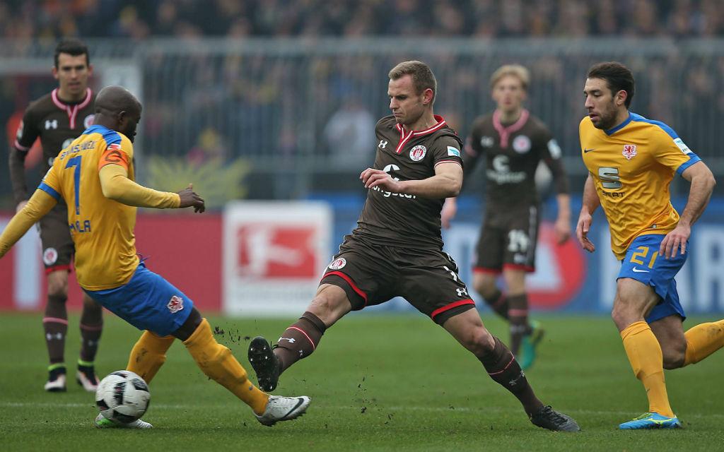 Dreimal in Folge hat die Eintracht keinen Heimsieg gegen St. Pauli eingefahren.