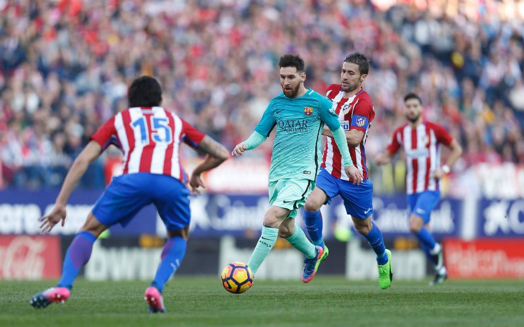 Imago/AFLOSPORT: Hauptaufgabe von Atleticos Defensive um Kapitän Gabi (2. v. r.) dürft es wieder sein, Lionel Messi zu stoppen.