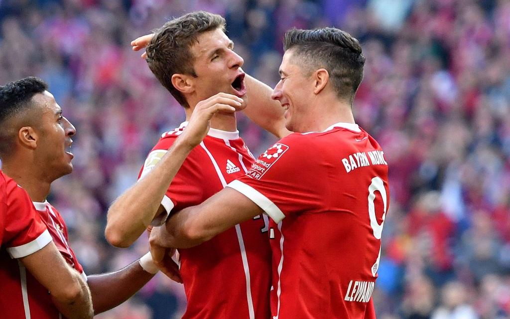 Jubel in München nach dem 4:0 gegen den SC Freiburg in der Bundesliga.