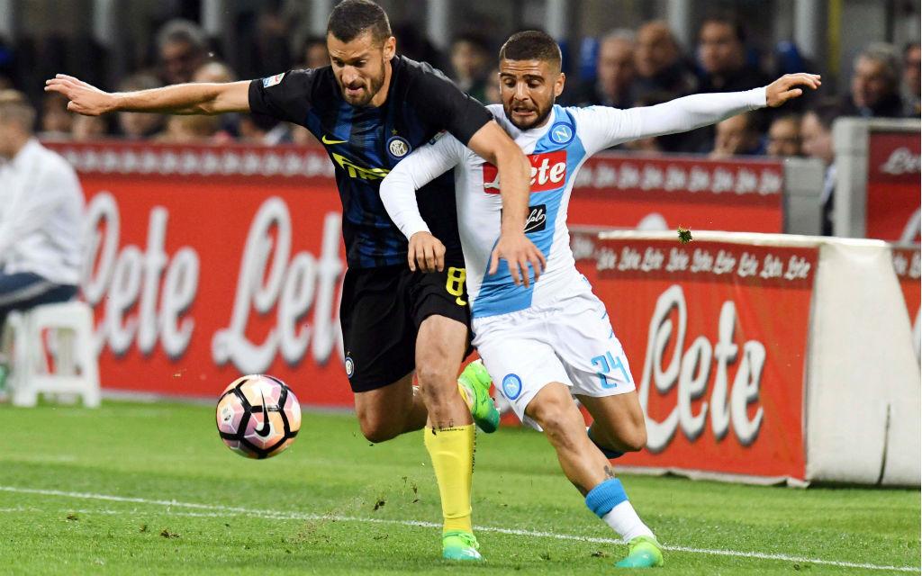 Mit einem Auswärtssieg könnte Inter an Spitzenreiter Neapel vorbeiziehen.