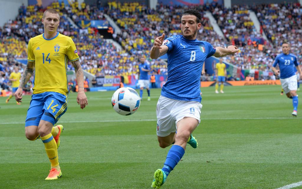 Imago/AFLOSPORT: Bei der EM 2016 hatten Lindelöfs Schweden (l.) keine Chance gegen Florenzi und Italien. Und nun?
