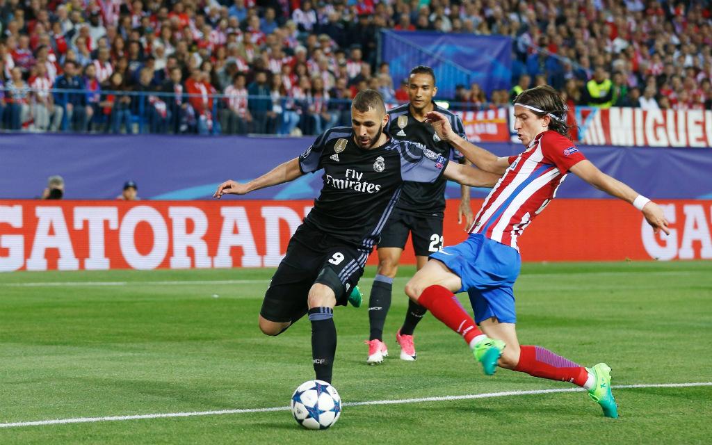 Imago/AFLOSPORT: Stoppt Atleticos Defensive um Filipe Luis (r.) Real Sturm mit Karim Benzema?