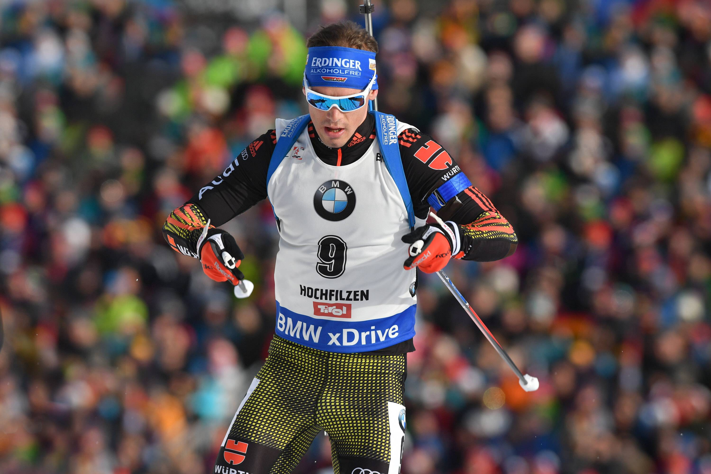 Vorschau Auftakt Biathlon Weltcup. Simon SCHEMPP (GER), Aktion,Einzelbild,angeschnittenes Einzelmotiv,Halbfigur,halbe Figur. 12,5km Verfolgung der Maenner am 12.02.2017, IBU Biathlon Weltmeisterschaft 2017 in Hochfilzen/Oesterreich  *** Preview Biathlon World Cup Simon SCHEMPP GER Action Single-shot single-shot Half-figure half figure 12 5km Mens pursuit on 12.02.2017 2017 IBU Biathlon World Championship 2017 in Hochfilzen Austria
