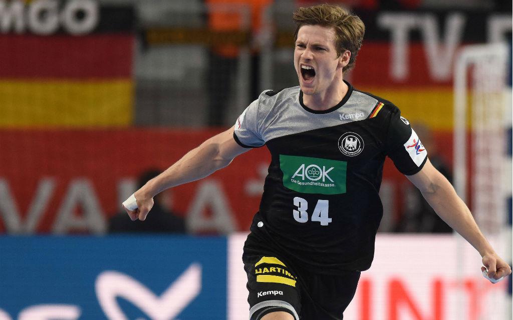 Nur wenn Dahmke gegen Spanien auch wieder jubeln darf, haben die deutschen Handballer noch eine Chance aufs Endspiel.
