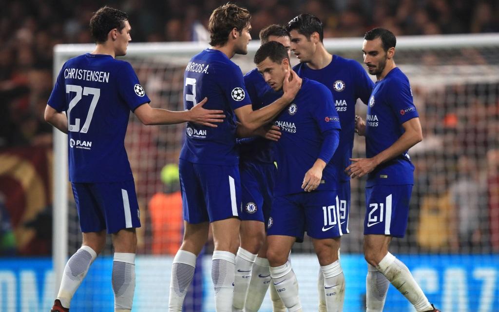 Chelsea-Profis bejubeln ein Tor in der Champions League gegen den AS Rom in der Saison 2017/18.