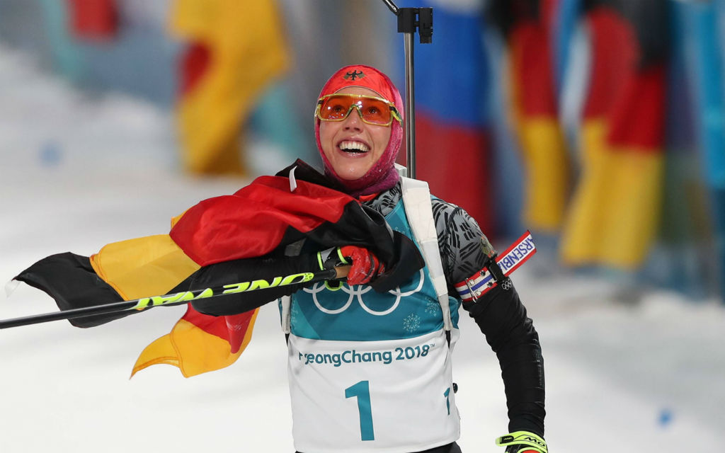 Laura Dahlmeier feiert ihr zweites Olympia-Gold.