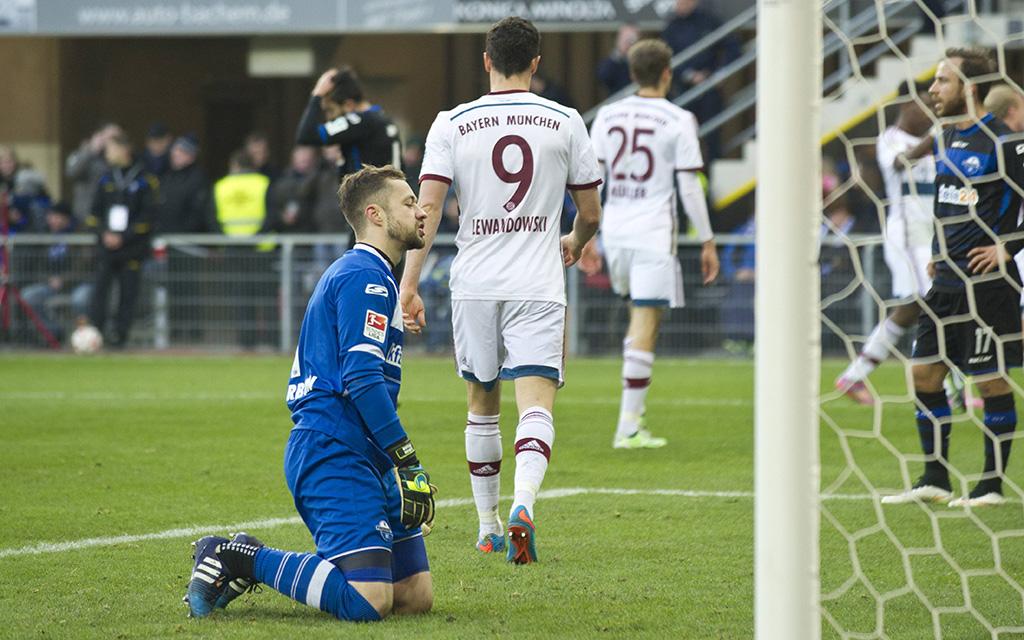 Paderborn und Bayern standen sich zuletzt am 21. Februar 2015 gegenüber: Die Bayern gewannen mit 6:0