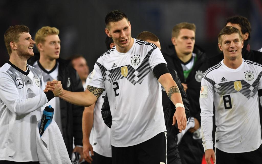 Deutschland nach dem Testspiel gegen Frankreich in Köln (2:2).