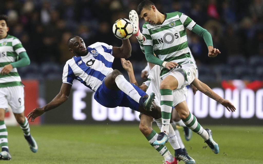 Das Hinspiel im Liga-Cup hat Porto mit 1:0 gegen Sporting gewonnen.