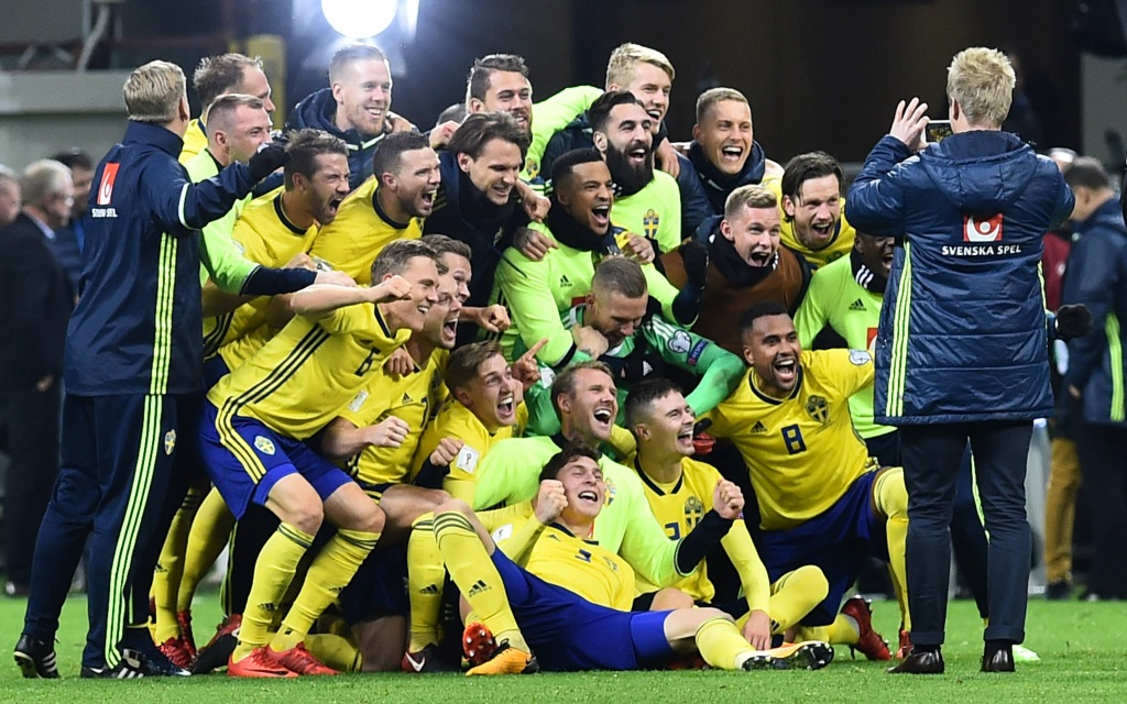 Schweden feiert den WM-Einzug in Italien.