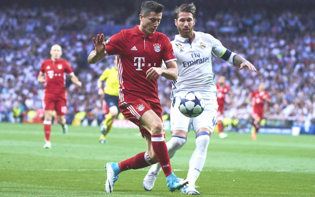 Letzte Saison trafen beide in Madrid: Lewandowski (l.) per Strafstoß, Ramos unterlief ein Eigentor. Real gewann trotzdem.
