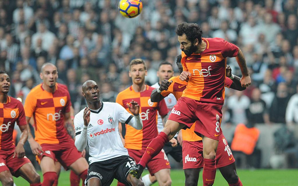 Galatasaray - Besiktas: Trotz Selcuk-Kopfball gewann Besiktas das Hinspiel mit 3:0 im heimischen Stadion.