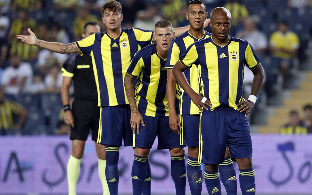 Benfica - Fenerbahce: Feners Neuzugang Andre Ayew wird wohl zunächst auf der Bank sitzen