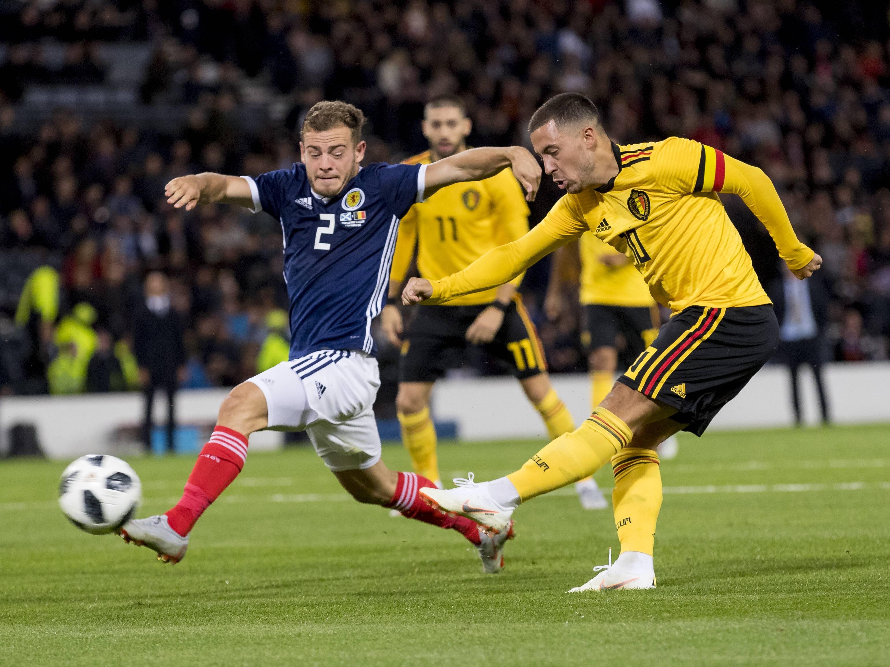 Trifft er auch gegen Island? Belgiens Eden Hazard (r.).
