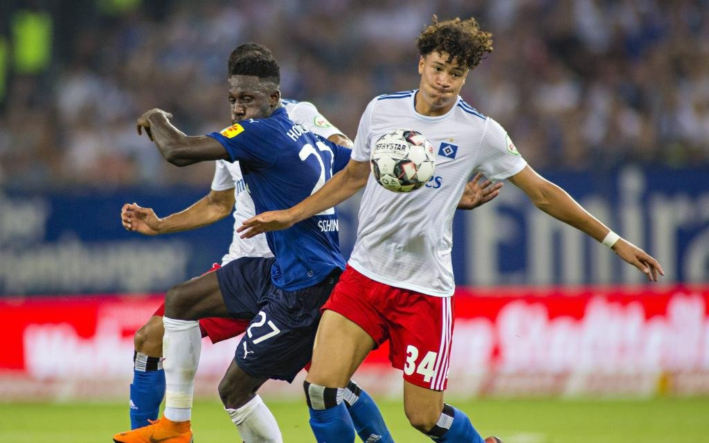 Kingsley Schindler (KSV), Jonas David (HSV) 03.08.18, Hamburg, Hamburger SV gegen Holstein Kiel,