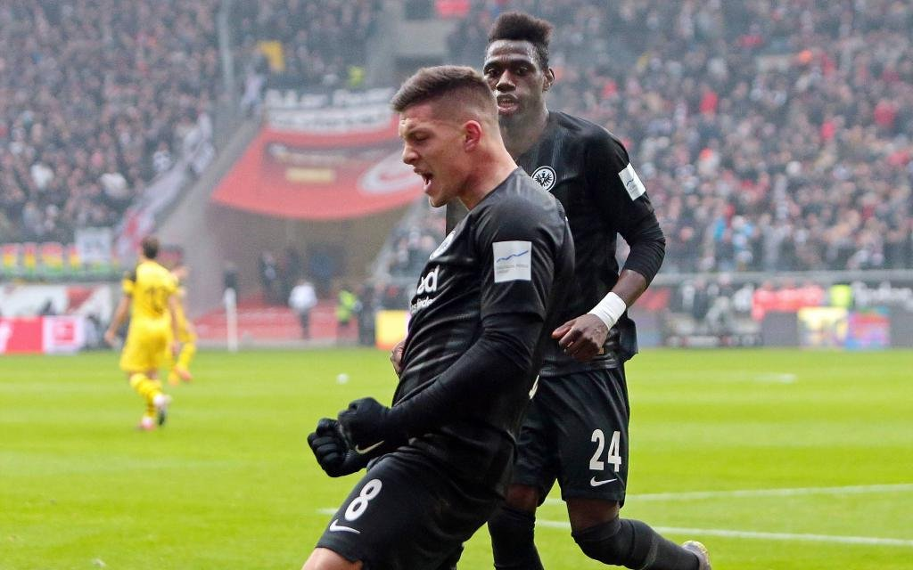 Eintracht Frankfurt - Borussia Dortmund, Luka Jovic (Eintracht Frankfurt) bejubelt das Tor zum 1:1,