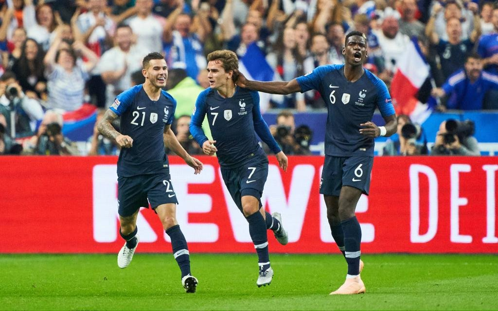 France - Germany, Soccer, Paris, October 16, 2018 Antoine GRIEZMANN, FRA 7 celebrates his goal 1-1 with Paul POGBA, FRA 6 Lucas HERNANDEZ