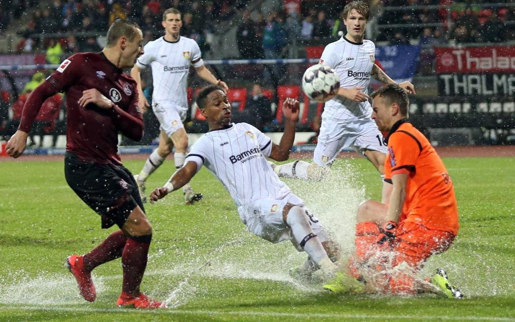 Leverkusen will über Nürnberg in die Europa League.
