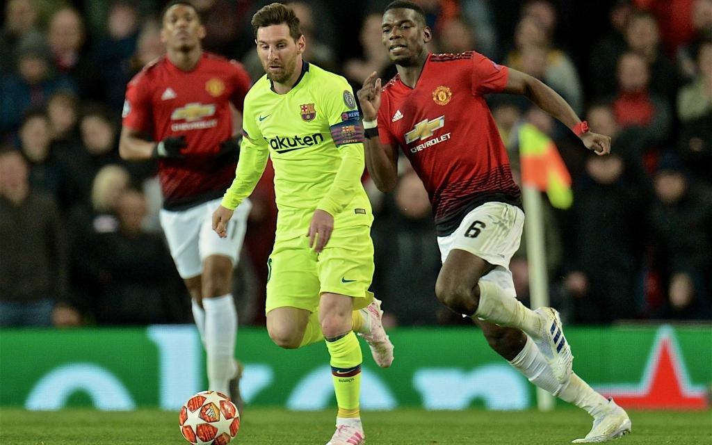 Ein Sieg für Paul Pogba (l.) mit United bei Barca wäre eine Riesenüberraschung