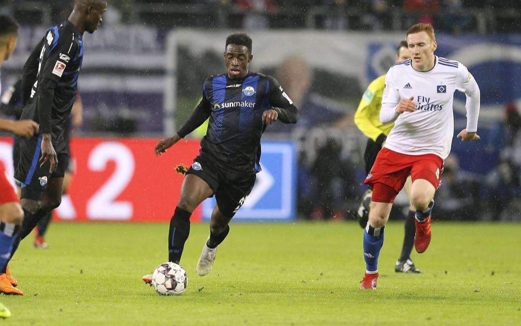 In der 2. Liga gewann der HSV knapp mit 1:0 gegen Paderborn.