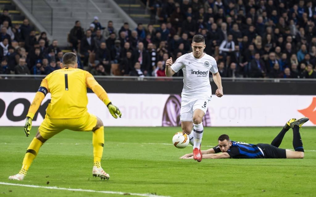 14.03.2019, xkvx, Fussball Europa League 1/8 Finale, Inter Mailand - Eintracht Frankfurt emspor, v.l. Goal scored, Tor zum 0:1 durch Luka Jovic (Eintracht Frankfurt)
