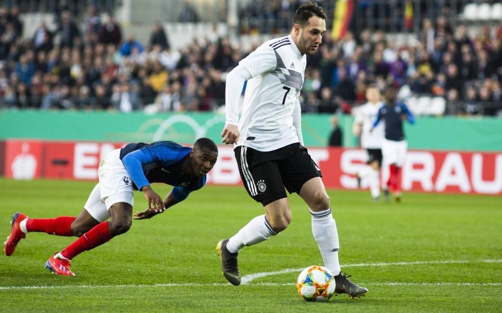 U21-EM in Italien mit Deutschland (r.) und Frankreich.