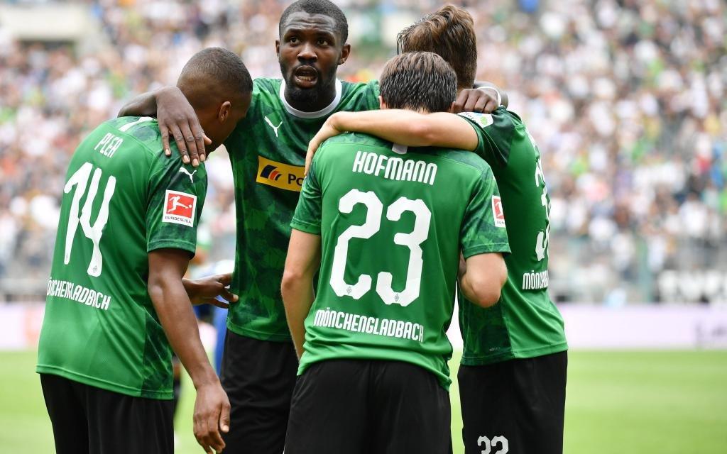 Moenchengladbach, Borussia Park, 03.08.19, Testspiel: Borussia Moenchengladbach - Chelsea FC Bild: Torjubel bei Borussia nach dem Tor zum 2:0 durch Jonas Hofmann (Gladbach) Moenchengladbach