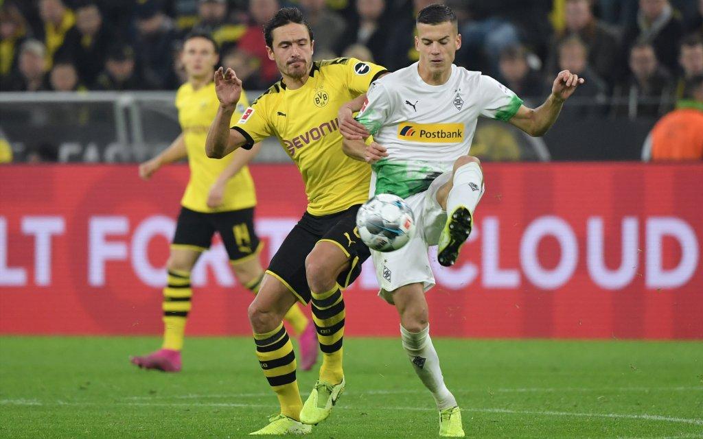 Borussia Dortmund - Borussia Moenchengladbach 1:0, v.re., Laszlo Benes Borussia Moenchengladbach, Thomas Delaney Borussia Dortmund