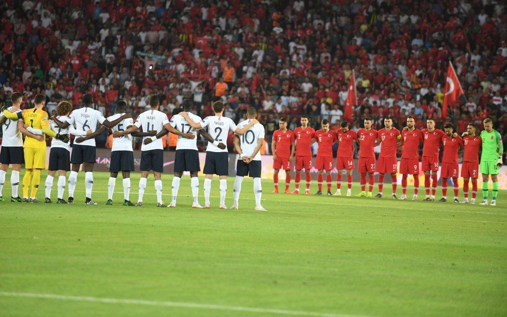 Frankreich - Türkei: Das Hinspiel gewannen die Türken mit 2:0