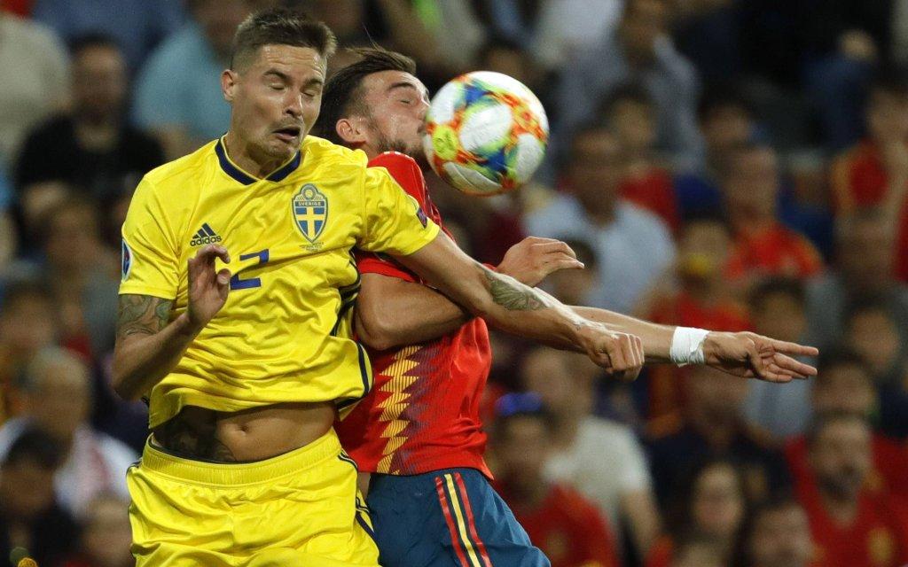 Madrid, Spanien 10.06.2019, EM Qualifikation 2020, 4. Spieltag, Spanien - Schweden, Fabian Ruiz (Spain) und Mikael Lustig (Sweden)