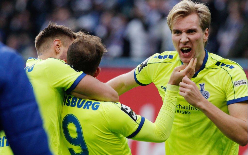9.11.2019- 3.Liga 2019/2020: FC Hansa Rostock vs. MSV Duisburg - Torjubel 1:2 rechts Torschuetze Vincent Vermeij