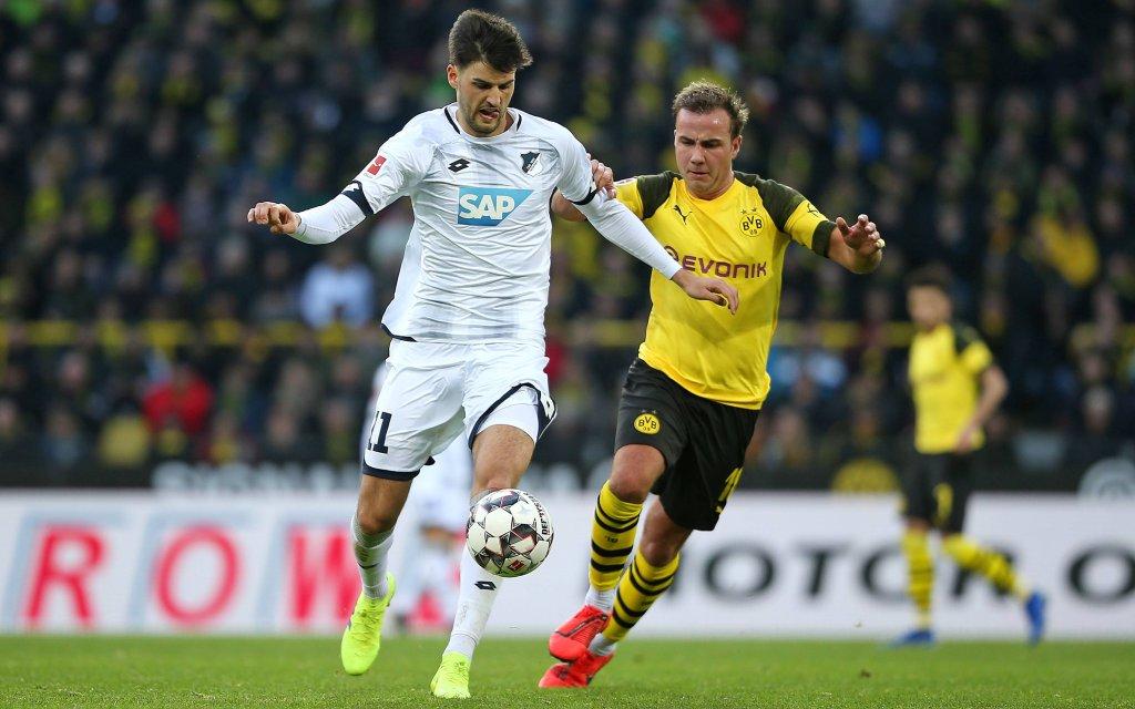 Borussia Dortmund - TSG 1899 Hoffenheim, im Signal-Iduna-Park Dortmund. (L-R) Florian Grillitsch (Hoffenheim) gegen Mario Götze (Dortmund)